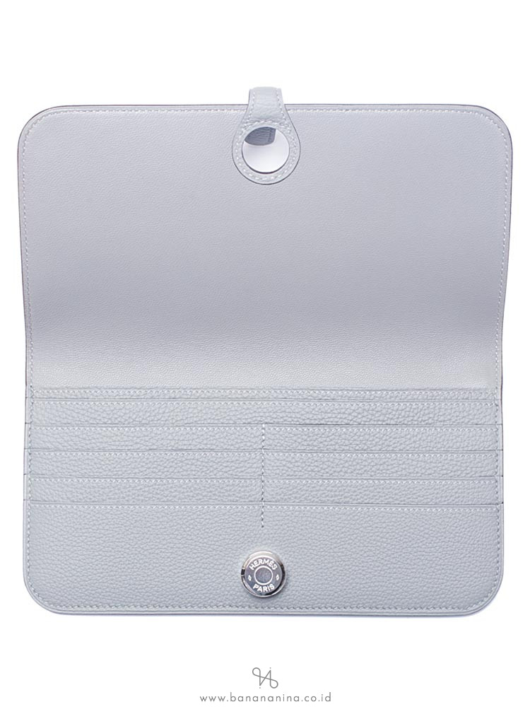 HERMES Dogon Leather Wallet Gris Mouette
