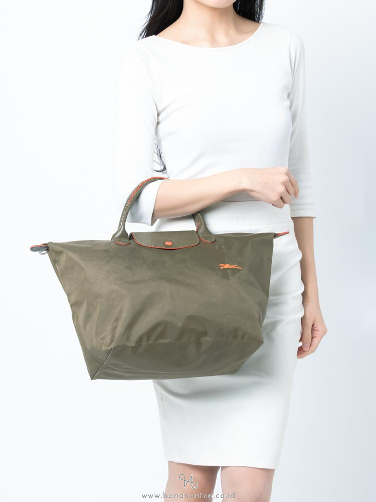 LONGCHAMP Le Pliage Club Medium SH Army