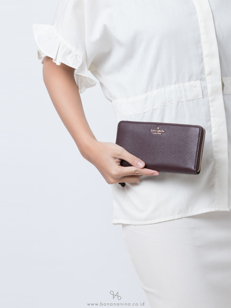 KATE SPADE Jackson Large Continental Wallet Chocolate Cherry