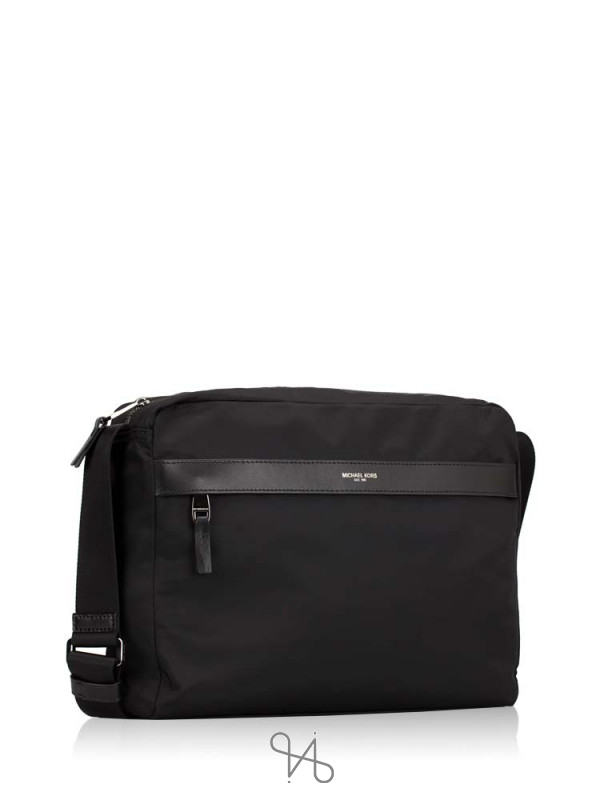 MICHAEL KORS Men Kent Nylon Large Messenger Black