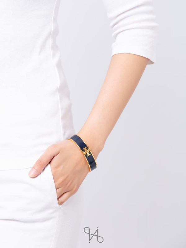 TORY BURCH Raised Logo Enamel Hinged Bracelet Navy Gold