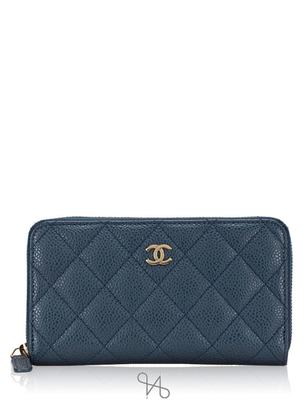 CHANEL Caviar Medium Zip Wallet Blue