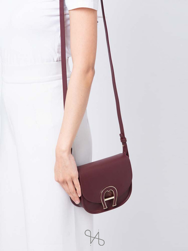 AIGNER Pina Mini Leather Crossbody Burgundy
