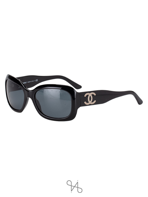 CHANEL CC Logo Sunglasses Black