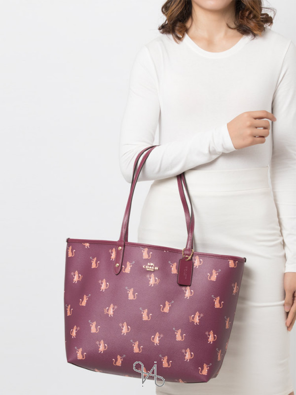 COACH 80232 Party Cat Reversible City Tote Dark Berry