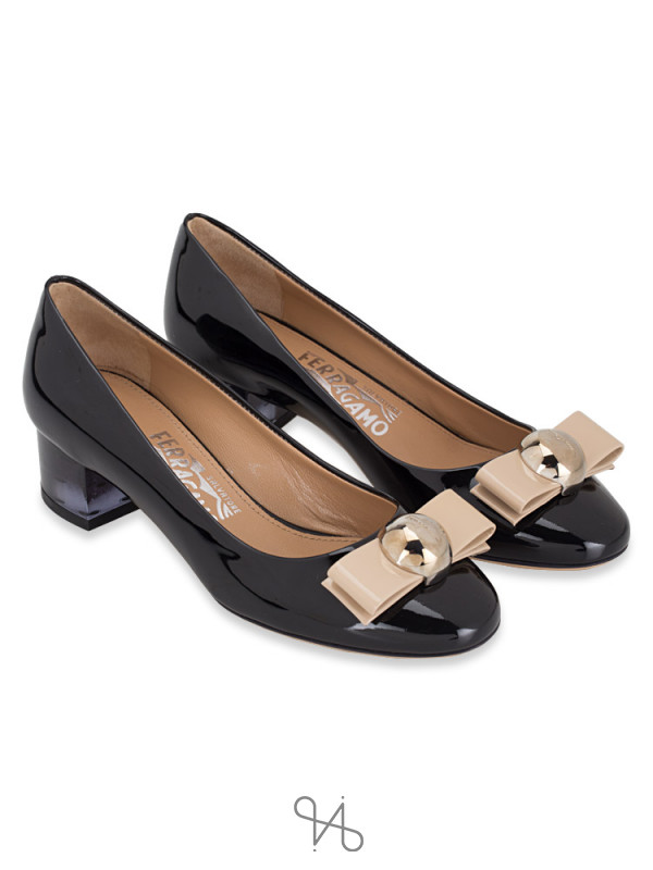 SALVATORE FERRAGAMO Fiammetta Pumps Black Sz 40