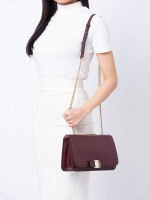 SALVATORE FERRAGAMO Vara Bow Medium Shoulder Bag Wine