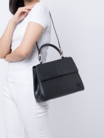 LOUIS VUITTON Epi Cluny MM Noir